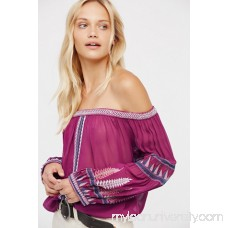 Dream On Embroidered Top   41074881